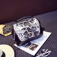Hot-selling 2016 mini  women's handbagbags Serpentine bump color fashion women bag Cute joker temperament  messenger bag