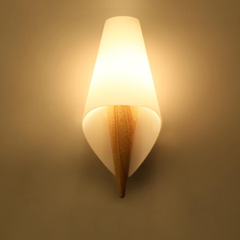 купить Nordic Simple Wall Lights for Home,Modern Wooden Bedside Wall Lamp Creative Living Room/Aisle/Balcony Lamp Bedroom Wall Light по цене 4610.34 рублей