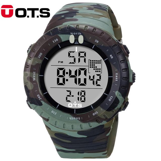 OTS 2017 Nova Moda Frescos Dos Homens Homens Esportes Ao Ar Livre Relógios de Luxo LED Digital Camuflagem Militar relógios de Pulso À Prova D' Água