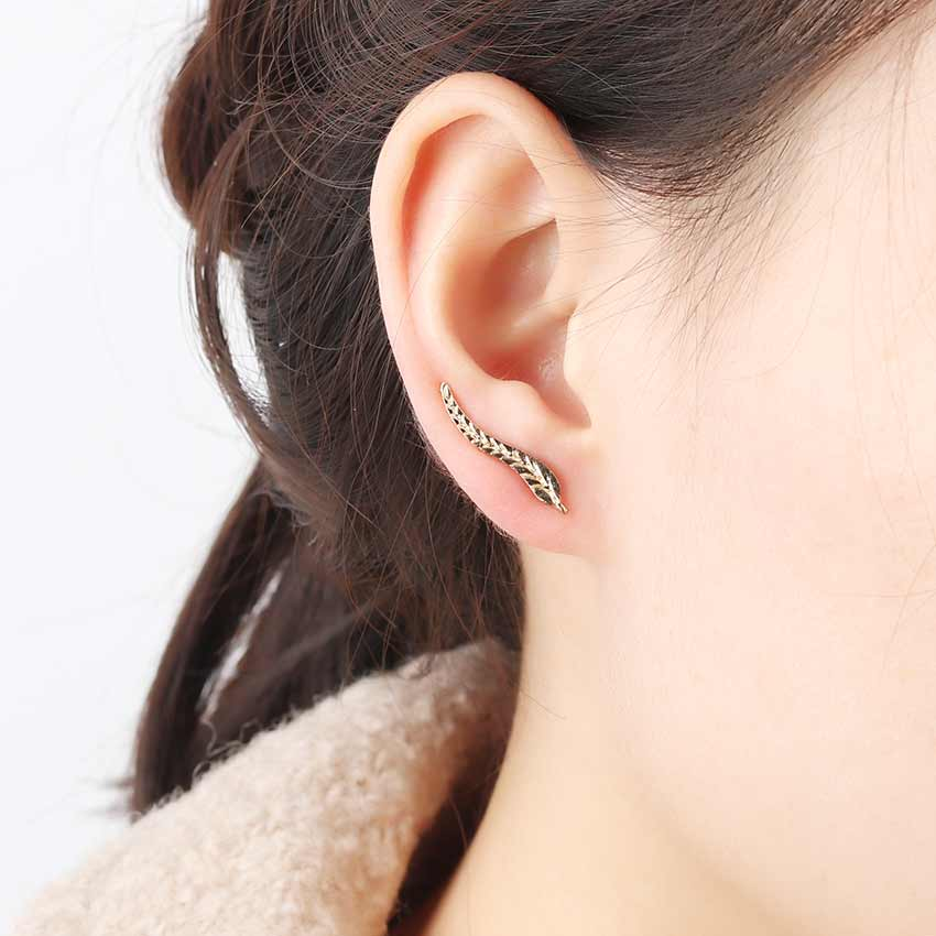 1 Pair Fashion Feather Ear Earring Leaf Stud Earrings Boho Long Vintage Earrings for Women Jewelry Accessories Gift blusa sexi animal print