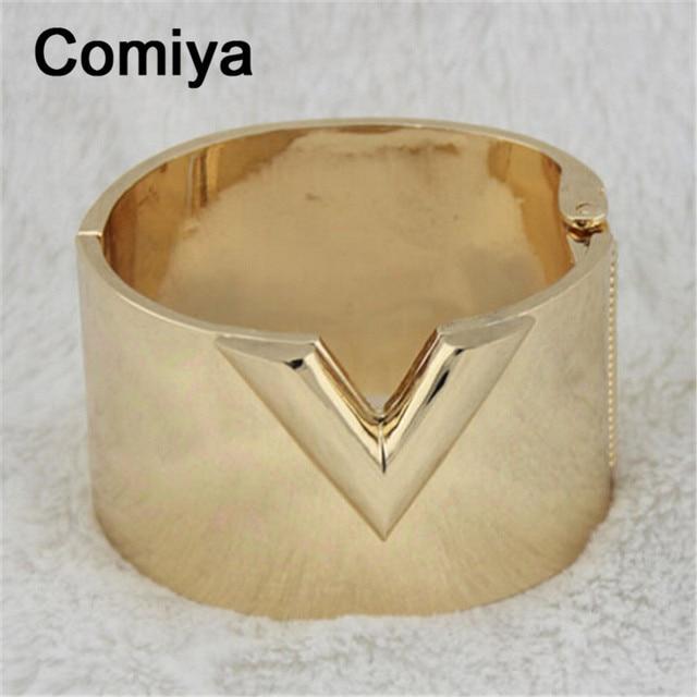 Gold plated zinc alloy wide fashion V bangles wrist jewelry pulseiras feminino bangle bracelet charms pulseira para as mulheres