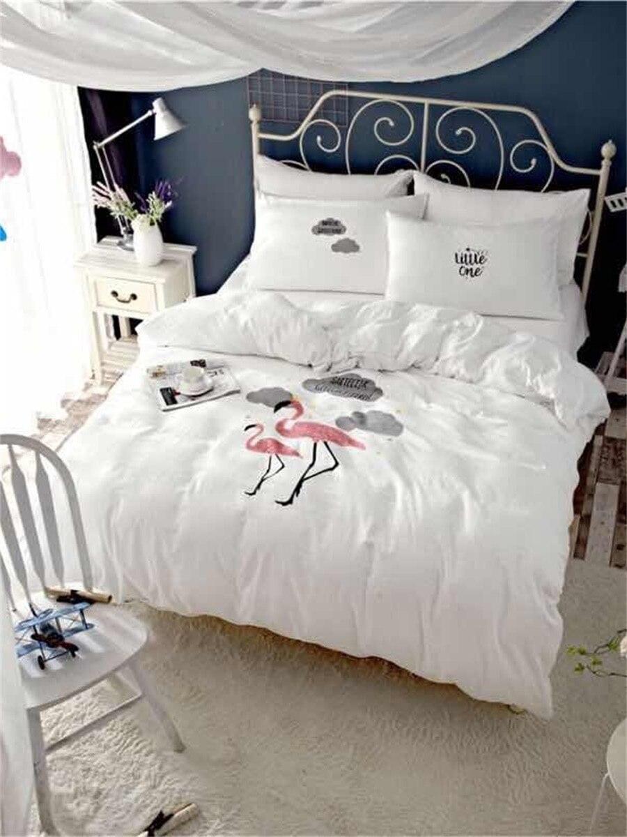 4 Pcs Duvet Cover Set Cartoon Flamingo Pattern Solid Supple Bedding Set 4 Pcs Duvet Cover Set Cartoon Flamingo Pattern Solid Supple Bedding Set