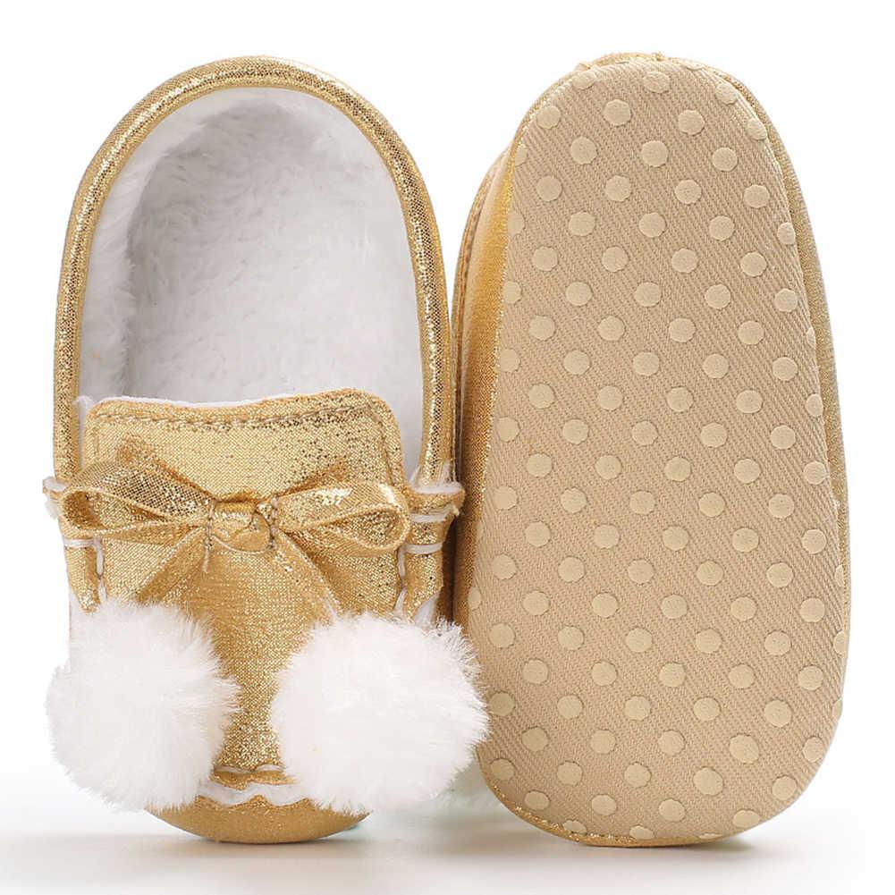 2018 Popular lindo adorable felpa bebé niña suela suave cálido invierno Bowknot botas cuna Prewalker zapatos
