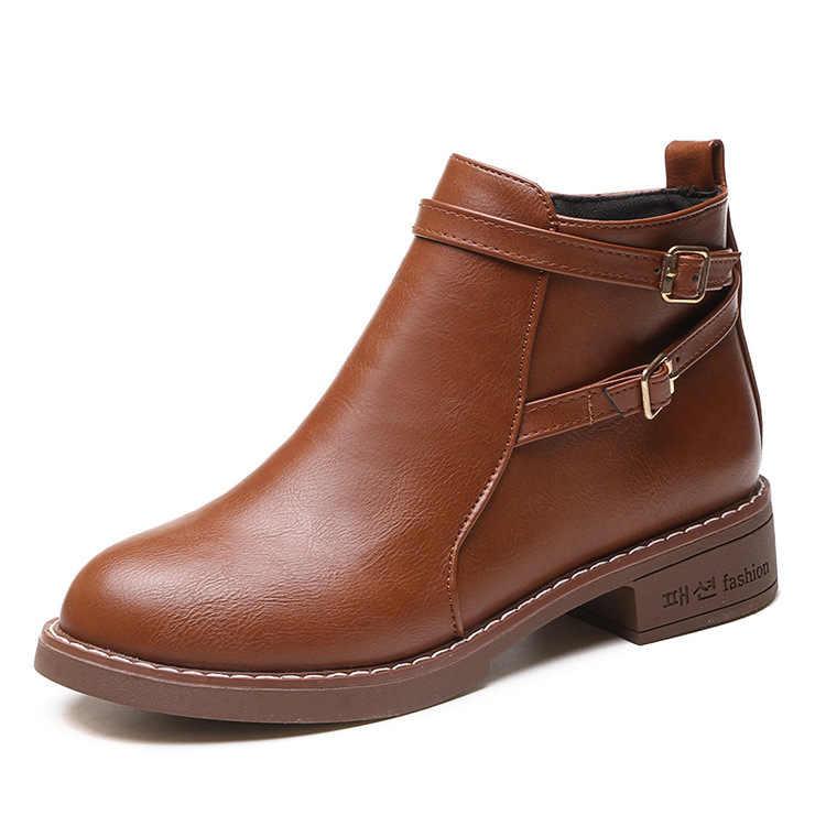 2019New Gelenler Moda Avrupa Tarzı Siyah yarım çizmeler Flats Yuvarlak Ayak Geri Zip Çizmeler PU Deri Kadın Ayakkabı