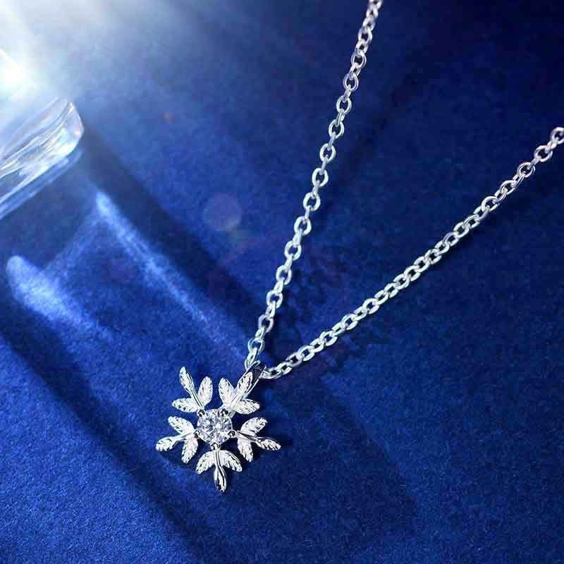 2016 Fashion Sweet Fine Silver Necklace Snowflake AAA Crystal Zircon Clavicle Chain Woman Necklaces 925 Sterling Jewelry