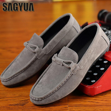 SAGYUA Man Nyaste Fashion Vår Höst Casual Loafers Hombre Men Moccasins Flattie Men Zapatos Driver Slip On Flat Shoes T176