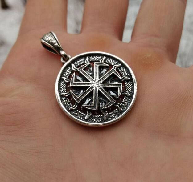 1 pcs en gros Slave Amulette Chanceux Bardane. Antique slave talisman pendentif slave Kolovrat symbole pendentif hommes nekclace