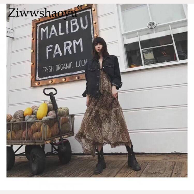 Ziwwshaoyu Beach vacation Print dress Bohemian Ruffles Lantern Sleeve V-Neck Big pendulum dress 2019 Spring and Summer Women New