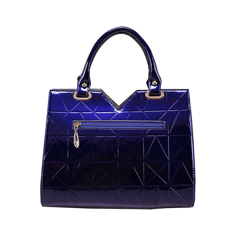 XFE Aristocratic Women Handbags Patent Leather Rivet Shoulder Bag Famous Designer Fashion Female OL Bag Wedding Party Bag bolsa