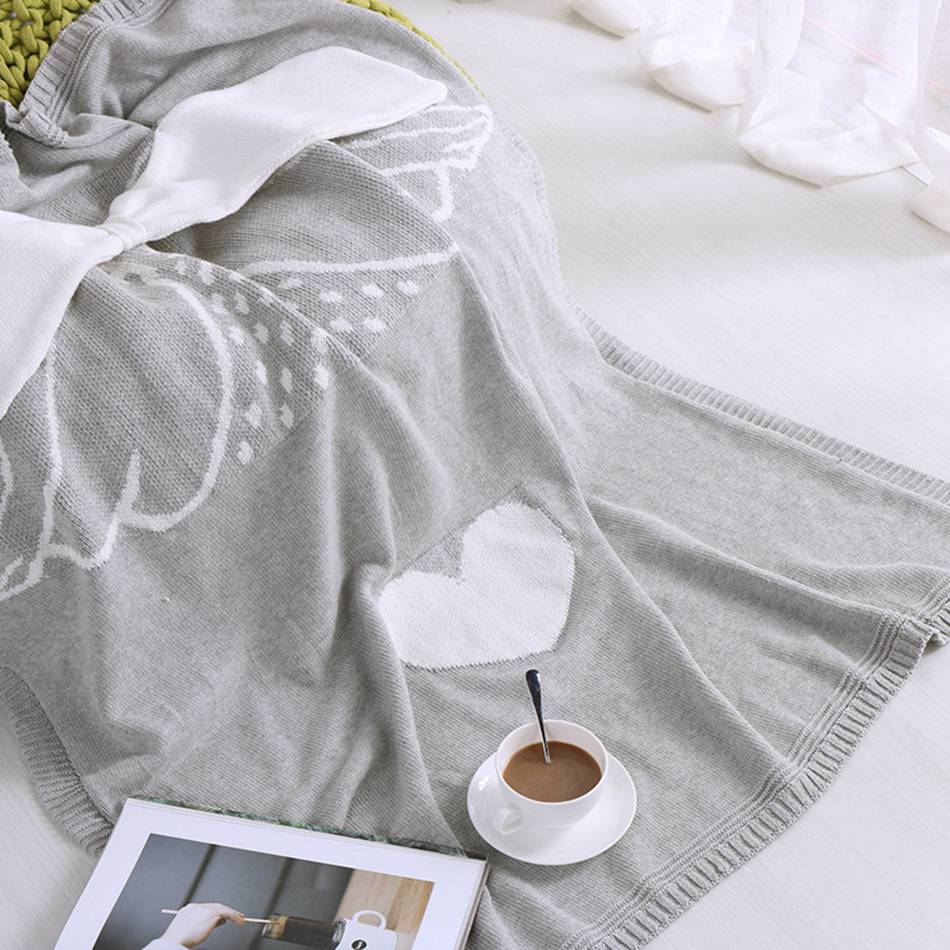 Cartoon Wings Cat Fox Knitted Blankets On The Beds And Sofa 100% Cotton Blankets For Children Warm Portable Soft Blankets