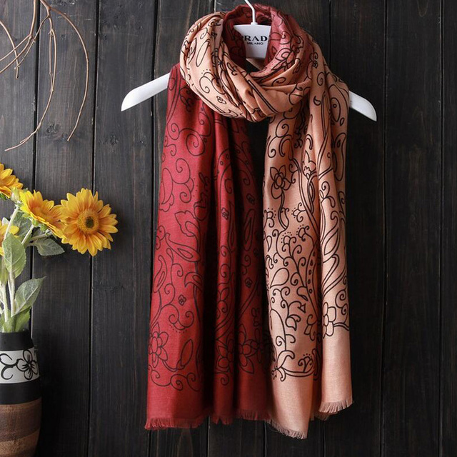 2017 New Cashmere Scarf Women Fashion Shawls Color Gradient Scarves Cotton Linen Warm Shawls Cotton Designer Women Wraps