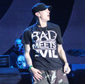 2015 Summer New Brand Eminem BAD MEETS EVIL T Shirt  Short Sleeve Male Shirt Pressed Fashion Eminem t-shirt Rock Punk Men Tees