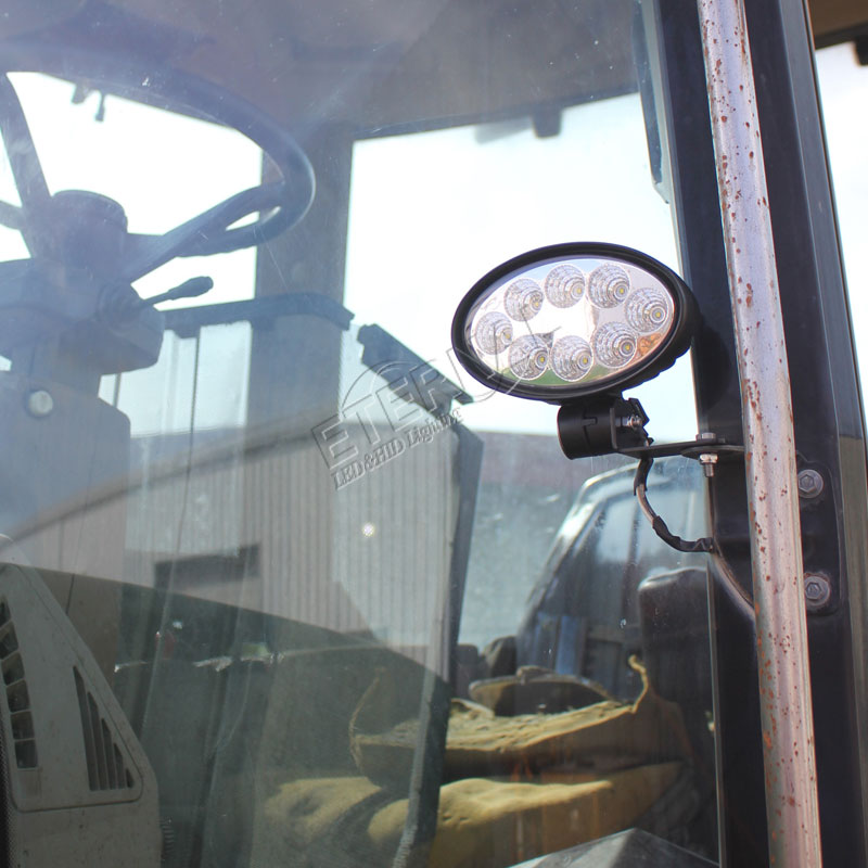 https://ae01.alicdn.com/kf/HTB1j1OAgh6I8KJjSszfq6yZVXXaf/20-stks-24-W-ovale-led-verlichting-off-road-ATV-powersports-hoge-power-landbouw-voertuigen-trekker.jpg