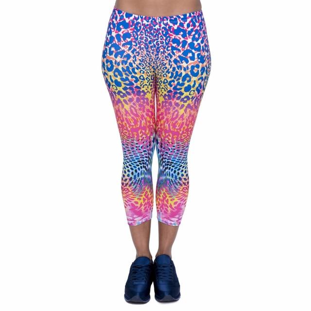 Женские леггинсы капри с цветным леопардовым принтом, пикантные леггинсы средней длины для фитнеса, женские брюки Капри, новый дизайн 3/4