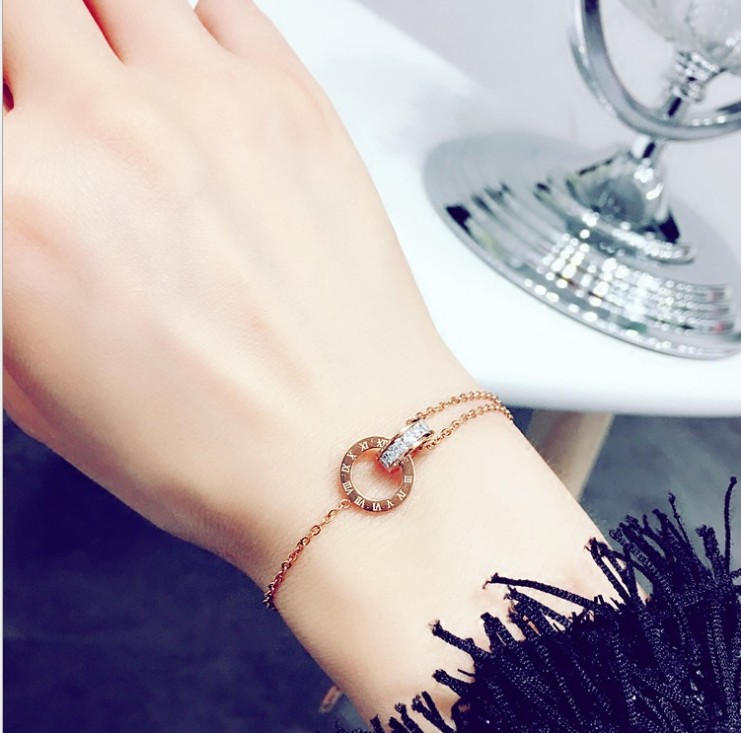 Simple titanium steel Roman digital bracelet personality Sen jewelry bracelet crystal from Swarovski transport gift wedding