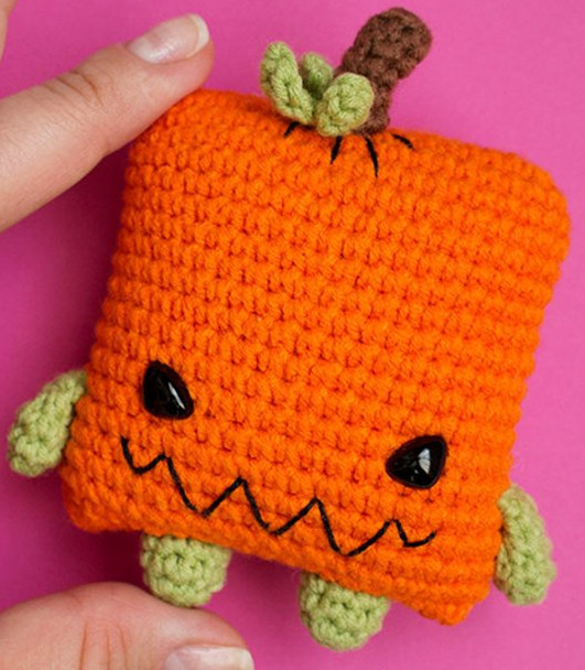 Crochet Toys  Amigurumi Pumpkin   Model  Number  W4117