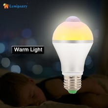Lumiparty Motion Activated Light Bulb E26 7W 14LED PIR Infrared Motion Detection Light Indoor Lighting Bulb With Motion Sensor