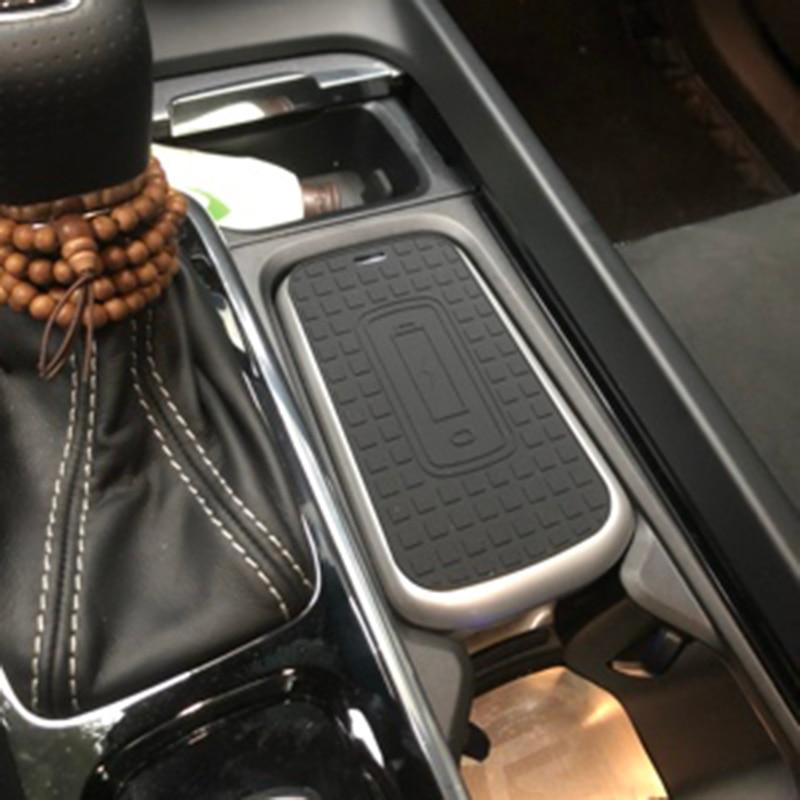 Pour Volvo XC60 V60 S60 XC90 V90 S90 2018 2019 voiture QI chargeur sans fil plaque de chargement étui téléphone support de charge accessoires de voiture