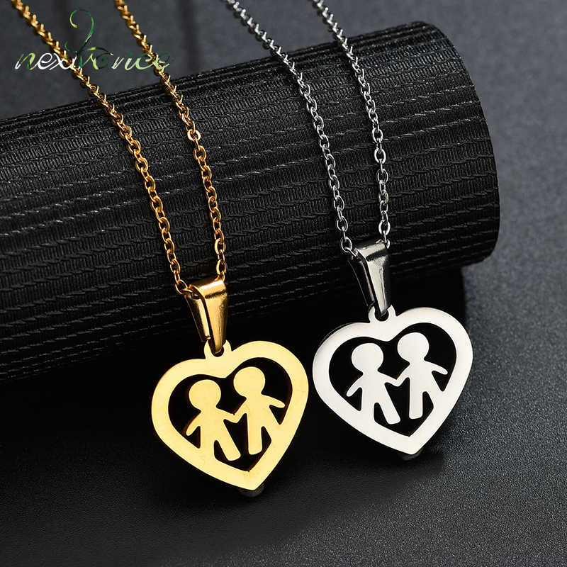 Nextvance Hollow Heart Family Pendant Necklace Two Boy Hand with Hand Necklaces for Mother Father Gift Stainless Steel Jewelry