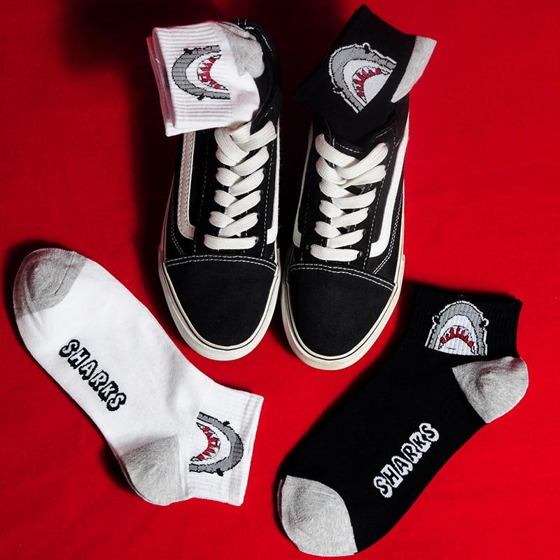 Creative White Black Men Crew   Socks   Cotton Hip Hop Shark Funny   Socks   Fashion Trend Skateboard   Socks   Women Unisex Sox