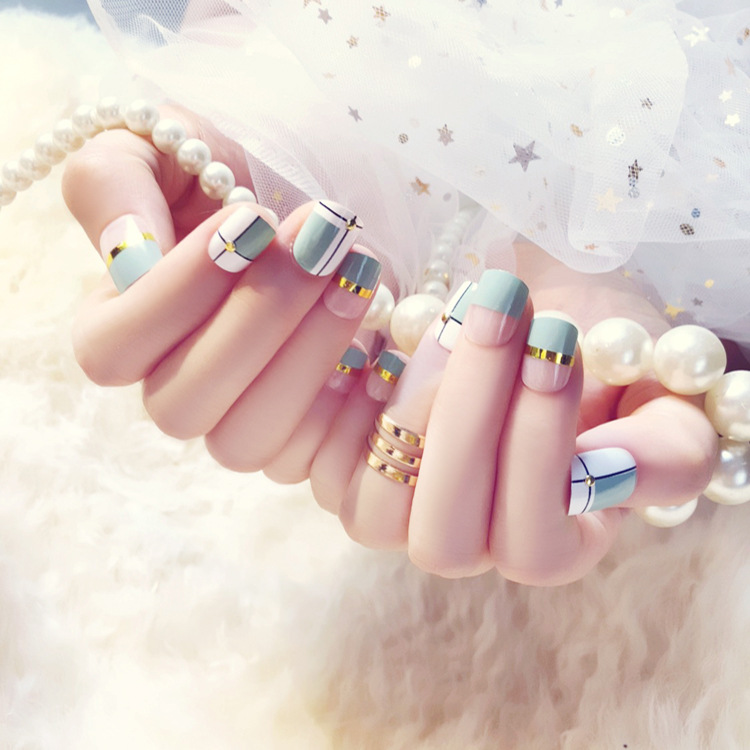 24 Pcs Blue White Transparent Fake Nails With Metallic Strip Rivet Designs Short Square False