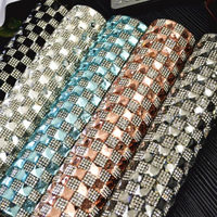 24*40 cm Malha Bandas Nupcial Frisado Apliques de Strass Guarnição Strass Cristal de Vidro Em Rolo Para Vestido de Noiva Jóias artesanato