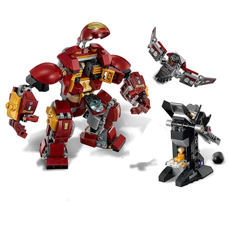 07102 420pcs Super Heroes Batman Iron Man Hulk Building Blocks Compatible With Legoings 76104 Brick Toy in Blocks from Toys Hobbies