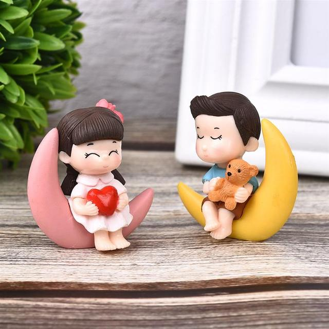 2pcs/Set New Arrival  Moon Couple PVC Romantic Figurines Craft Decorative Ornaments For Bonsai Home Table Decoration 1