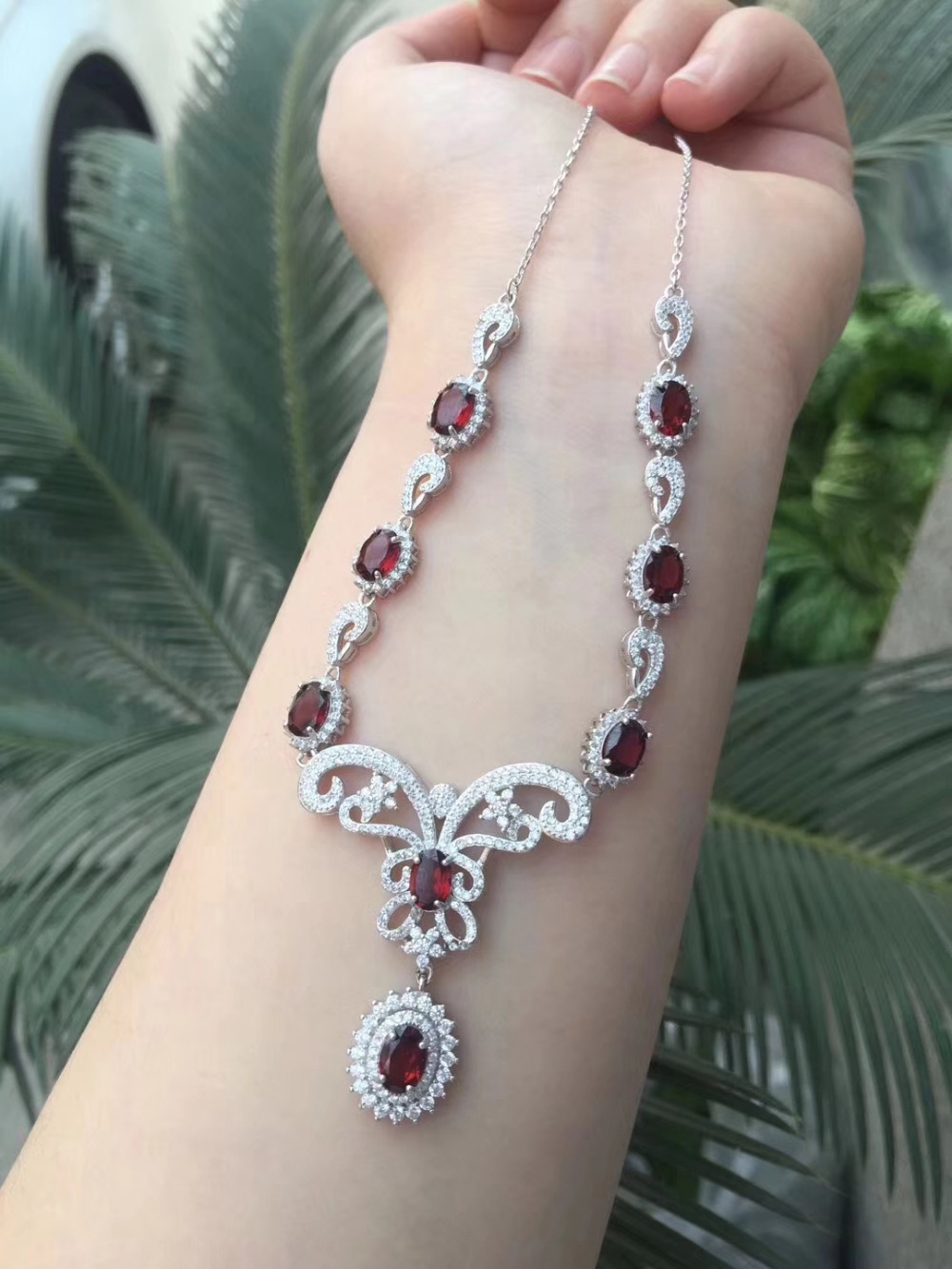 Natural red garnet gem Pendant Necklace Natural gemstone Necklace 925 sliver trendy Butterfly Dragonfly women wedding Jewelry trendy faux gem oval necklace for women