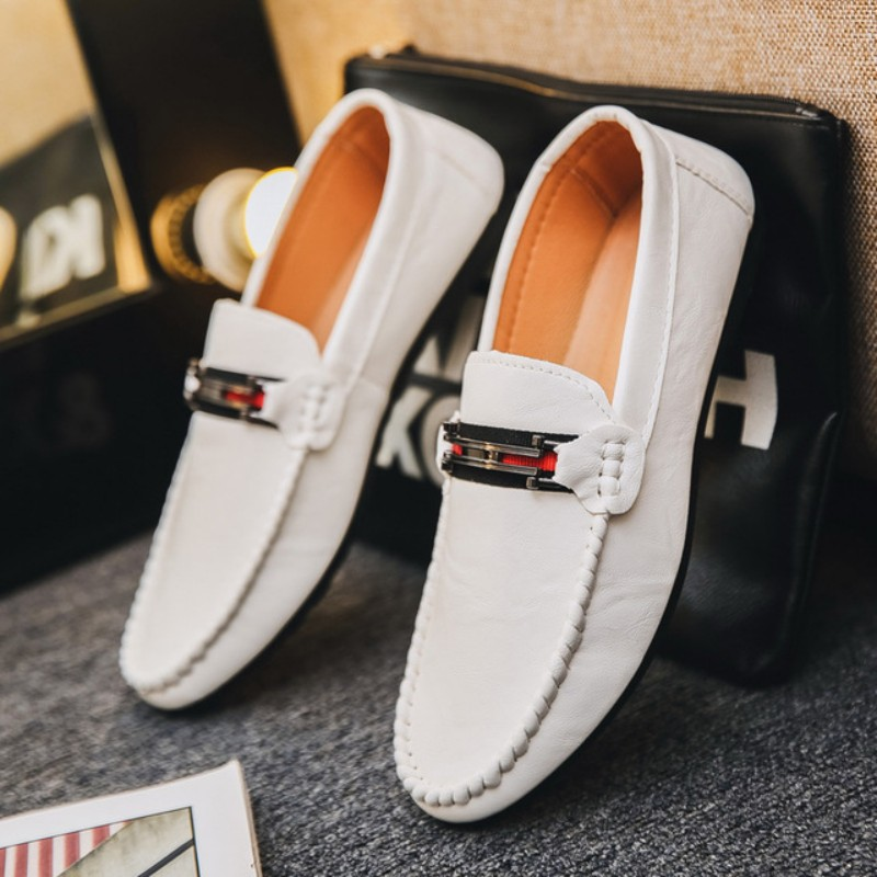 Men Shoes Comfortable Men Casual Shoes Footwear Chaussures Flats Slip On Lazy Shoes Zapatos Hombre Men's Wedding Shoes Sneaker