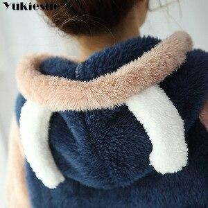 Image 5 - Новинка 2018, осенне зимний фланелевый пижамный комплект для женщин, пижама с капюшоном и медведем, теплая пижама из кораллового флиса, домашняя одежда