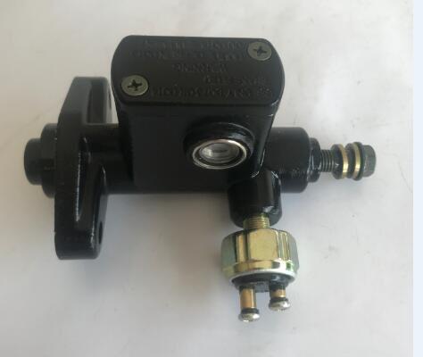 Pompe de frein adaptée pour KINROAD 90 ou KINROAD 110 BUGGY
