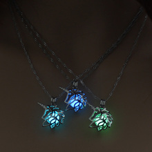 Glowing Unicorn Women Pendant Necklace Cute Luminous Jewelry 3 Colors for Christmas Gift
