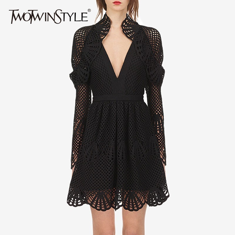 TWOTWINSTYLE выдалбливают платье женский сексуальный V средства ухода за кожей Шеи с длинным рукавом Высокая талия черный тонкий платья для женщи