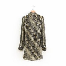 2018 women sexy cross v neck snake skin pattern chiffon smock blouse shirt fashion women pleated casual chic tops blusas LS2630