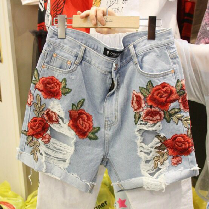 S-M Floral Embroidery Hole Denim Shorts Women 2018 Summer New Casual Korean Style Female Vogue Straight Short Pants Short Mujer
