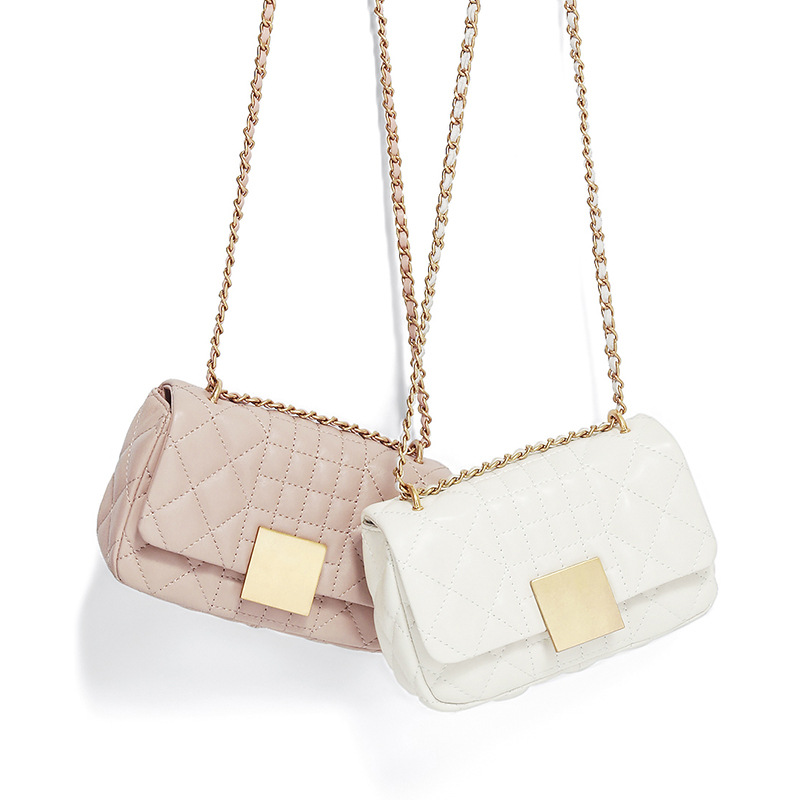 Chic Elegant Women 2018 Sheepskin Geometric Chain Shoulder Bags Female Minimalistic Crossbody Bags Mobile Phone Holder chic multilayered coin geometric necklace for women