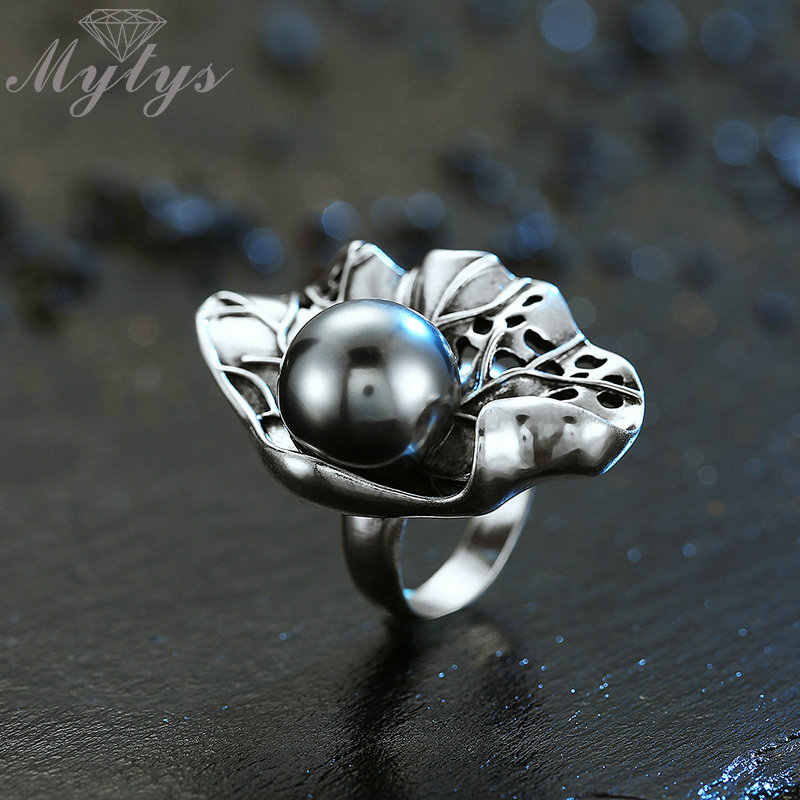 Mytys Big Black Pearl Ring Antique Old Thai Silver Punk Rings Retro Vintage Jewelry Fashion Cocktail Party Ring for Women R2032