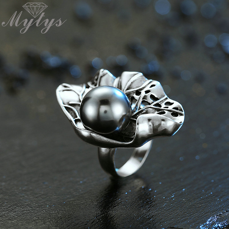 все цены на Mytys Big Black Pearl Ring Antique Old Thai Silver Punk Rings Retro Vintage Jewelry Fashion Cocktail Party Ring for Women R2032