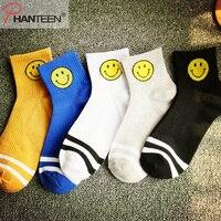 Phanteen Five Pairs A Set Cartoon Smile Face Printed Man Socks Autumn Winter Vintage Harajuku Happy