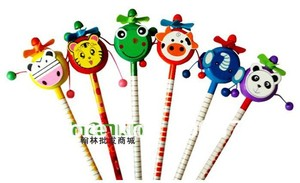 Image 3 - 30 pcs/lot école étudiants prix enfants dessin animé Animal Style HB en bois crayon hochet tambour jouet cadeau danniversaire