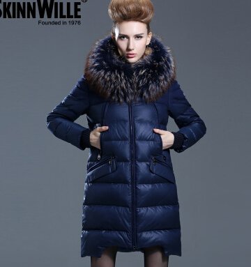 Freeshipping Runway2015High Quality Fashion Outerwear Large Fur Collar Down Coat Medium-long Female Winter Warm Outwear Overcoat new arrival 2015 hotsale design female medium long down coat thickening large fur collar women s brand outerwear high quality
