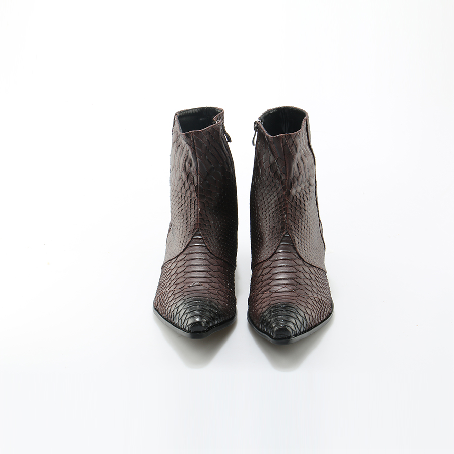 Image 2 - Crocodile Grain Brown White Mens Ankle Boots Embossed Genuine Leather Dress Boots Spring High Flat Boots New Mens Wedding Shoes-in Basic Boots from Shoes