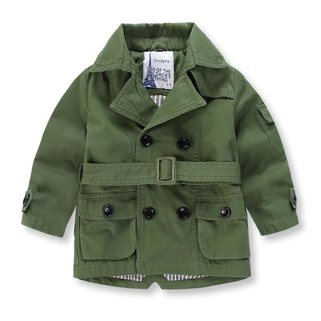 Бесплатная доставка 2017 новых осенью верхняя одежда девочка мальчик дети тренчкот пальто Траншеи Детская Одежда
