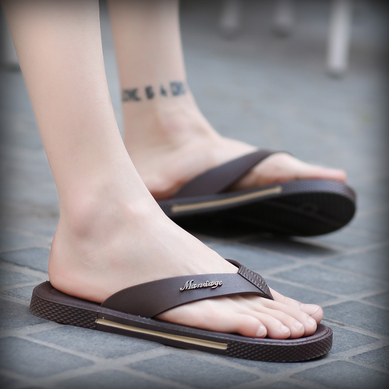 Charming 2017 Flat Flip Flops Men Leather Flip-flops Mens Slippers Casual Summer Shoes Fashion Beach Men's Sandals Flip Flops creative 3d print designer shoes men s beach flip flops casual flat sandals zapatos mujer fashion sandals slipper for men retail