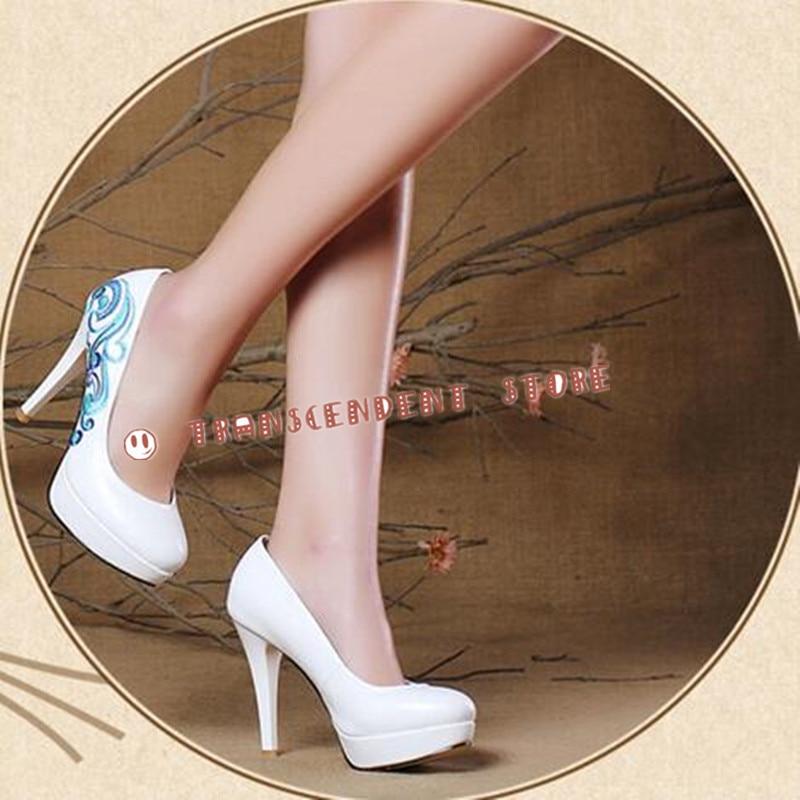 ФОТО Fresh And Elegant Plants Embroider PU Women Pumps Fashion Chinoiserie Round Toe Platform High Heel Chinese Style Women Shoes