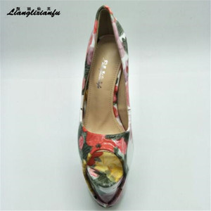 Image 4 - LLXF בתוספת: 34 45 46 47 פגיון קרסול רצועת פיפ טו סקסי 19cm נעליים עקב אישה פטנט עור קיץ סנדלי נקבה משאבות