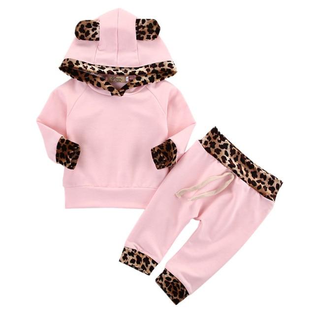 4210b75685813 Infantile enfant en bas âge nouveau-né bébé fille vêtements léopard côté  rose manteau haut