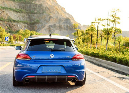 VW Scirocco R (2014) review by CAR Magazine