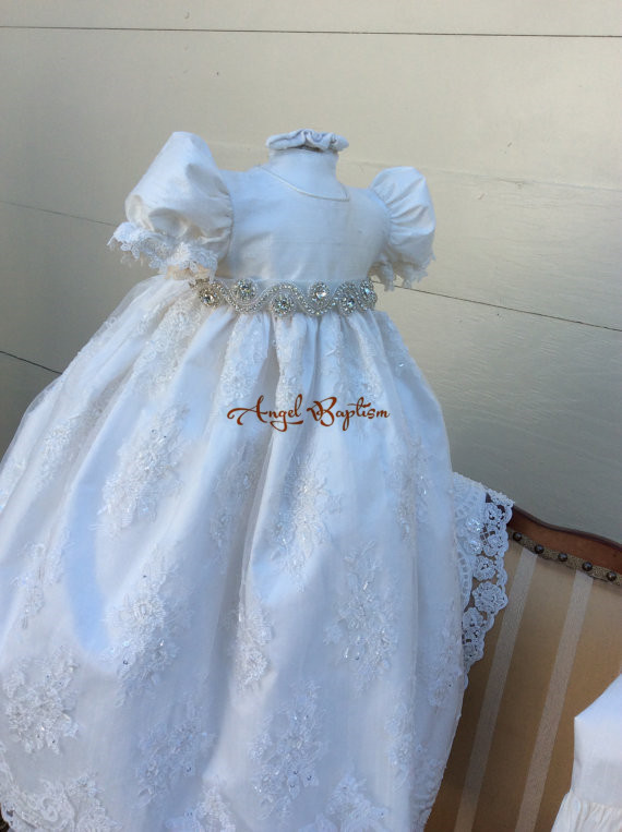 infant baptism dresses for baby boy girls long beaded bling pearls crystals rhinestones christening gowns with bonnet